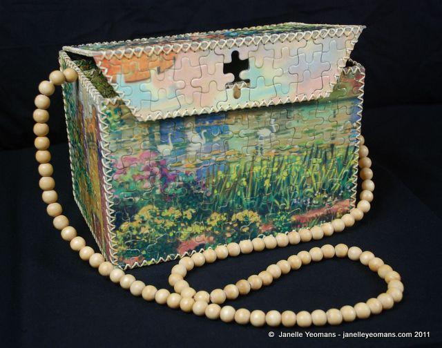 puzzling-bag-front-lid