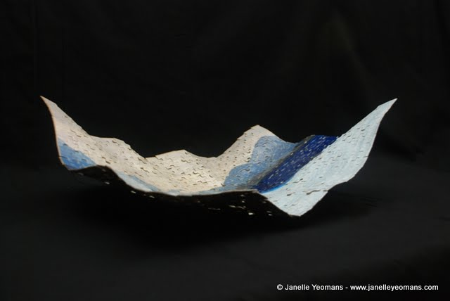 puzzling bowl - left side view